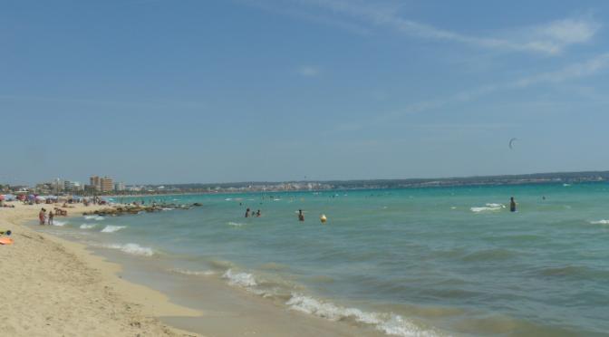 Farniente sur la plage C'an Pastilla à Palma