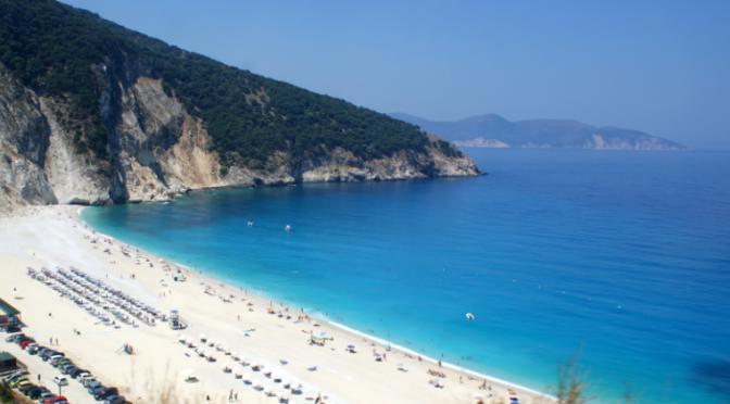 La plage de Myrtos sur l'île de Céphalonie, un petit coin de paradis