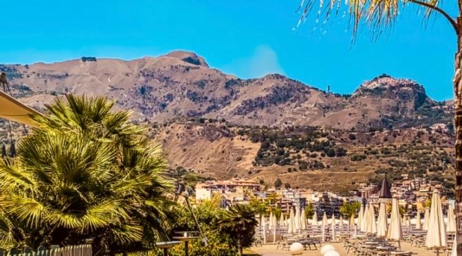 Escale à Catane: Plage de Giardini Naxos
