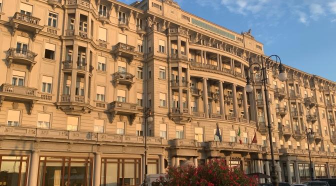 Embarquement à Trieste: L'hôtel Savoia Excelsior Palace, une bulle de douceur avant la croisière